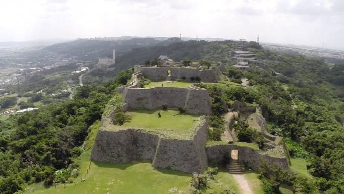 中城城跡(なかぐすくじょうせき) Nakagusuku Castle Ruins